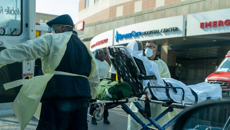 3,000 NYC public hospital workers out sick, 924 coronavirus positive