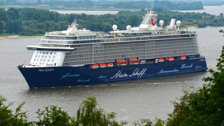 Cruise crew who tested positive for COVID-19 in Greece got 3 more tests, all negative