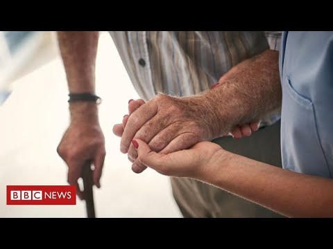 Coronavirus:  more than 12,500 care home residents have died, new figures reveal – BBC News