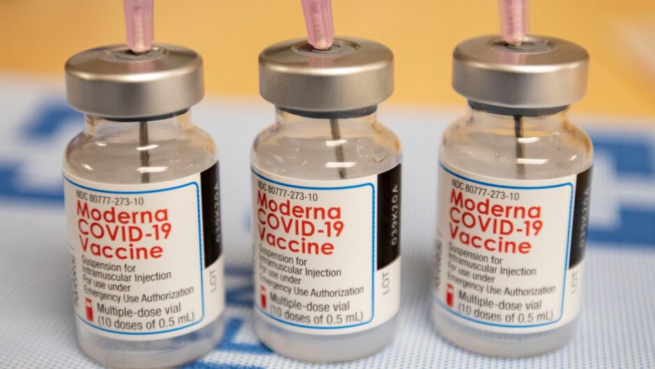 Employee intentionally removed COVID-19 vaccine from fridge, ruining more than 500 doses, hospital says; FBI investigating