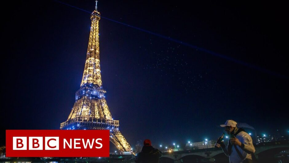 How 2021 was celebrated around the world – BBC News