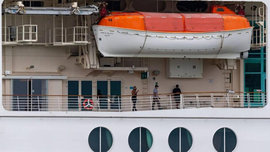 CDC's travel warning for cruise ships eases, COVID-19 risk high for unvaccinated